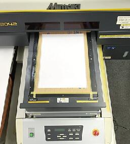 東京都調布市で技術に定評のある印刷会社、アクセスワールド企画ではノート天板印刷での治具製作。
